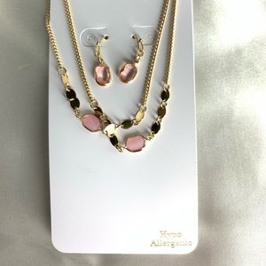 NEW‼️Charming Charlie gold+pink necklace+earrings